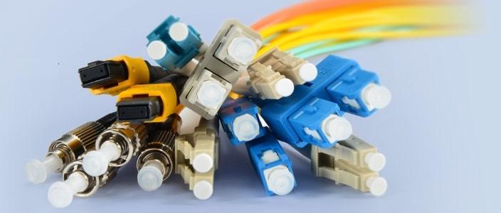 caractéristiques de la fibre optique