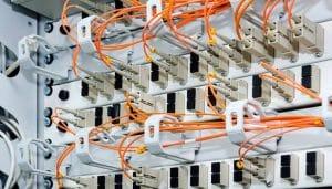5 principaux avantages de la fibre optique pour les entreprises