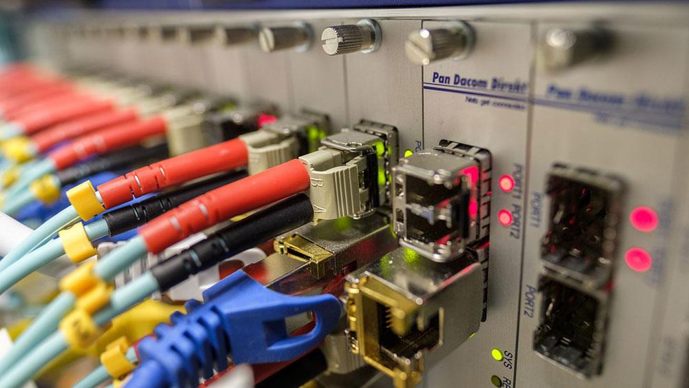 Comment fonctionne la fibre optique